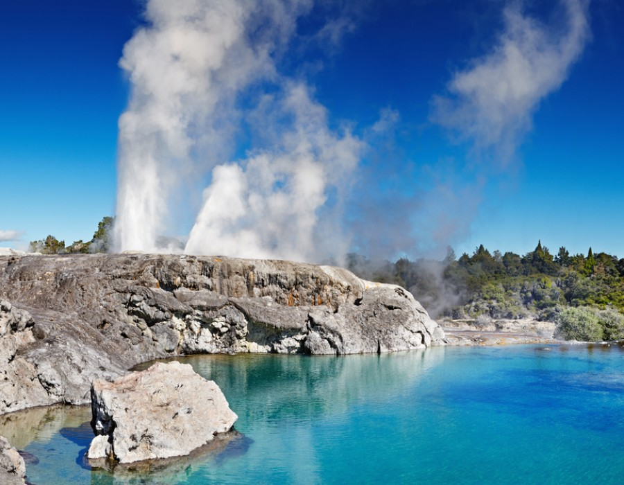 Tour Nuova Zelanda in Auto Geyserland