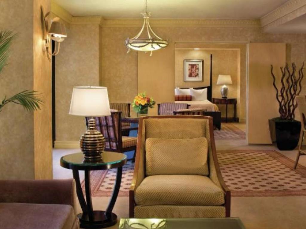 Luxor Hotel Amp Casin 242 Las Vegas